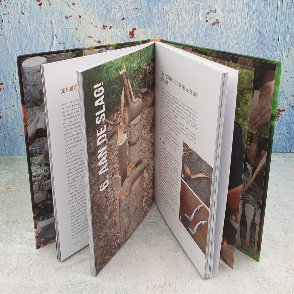 Book Lepelhout inside